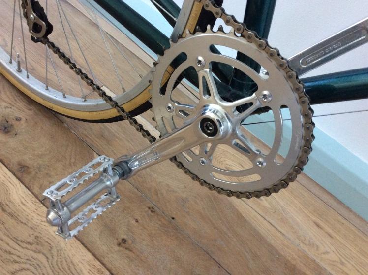 green-bike-crank